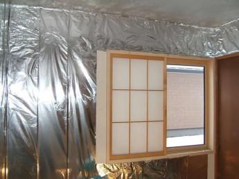 無添加住宅リフォーム化学物質対策アルミホイル施工