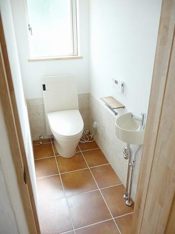 無添加住宅のトイレ
