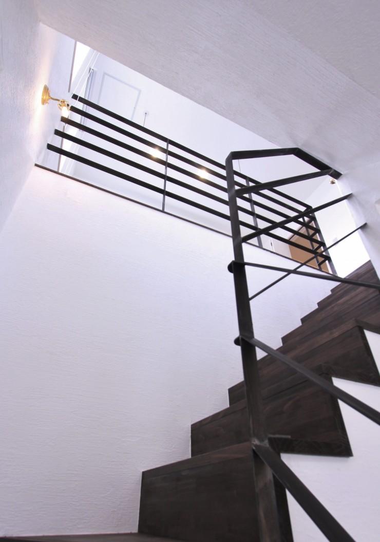 I様邸階段 ビターチョコ塗装 アイアン手摺